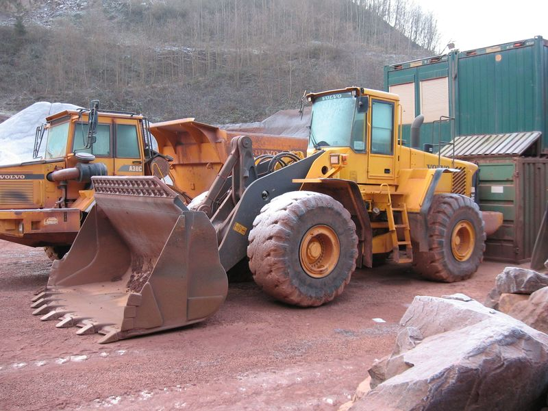 caricatore L220 E volvo Attachment